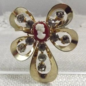 Jewelry - Vintage Unique Cameo and Rhinestone Brooch